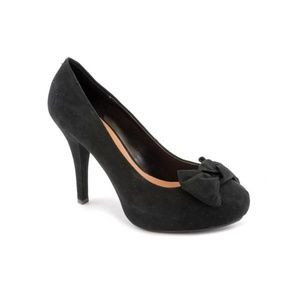 "[G by Guess] ""Jasleen"" Black Faux Suede Bow Heels"